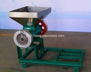 Carbon Steel Made Chili Flakes Crusher Machine